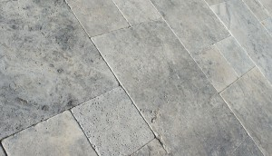 Silver_Travertine-1000x575