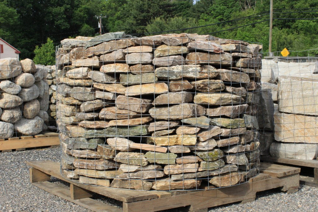 Building With Fieldstone : New england fieldstone thin wall quot rise old station