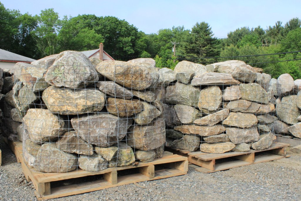 New England Fieldstone : New england fieldstone wall mix pallet random size and