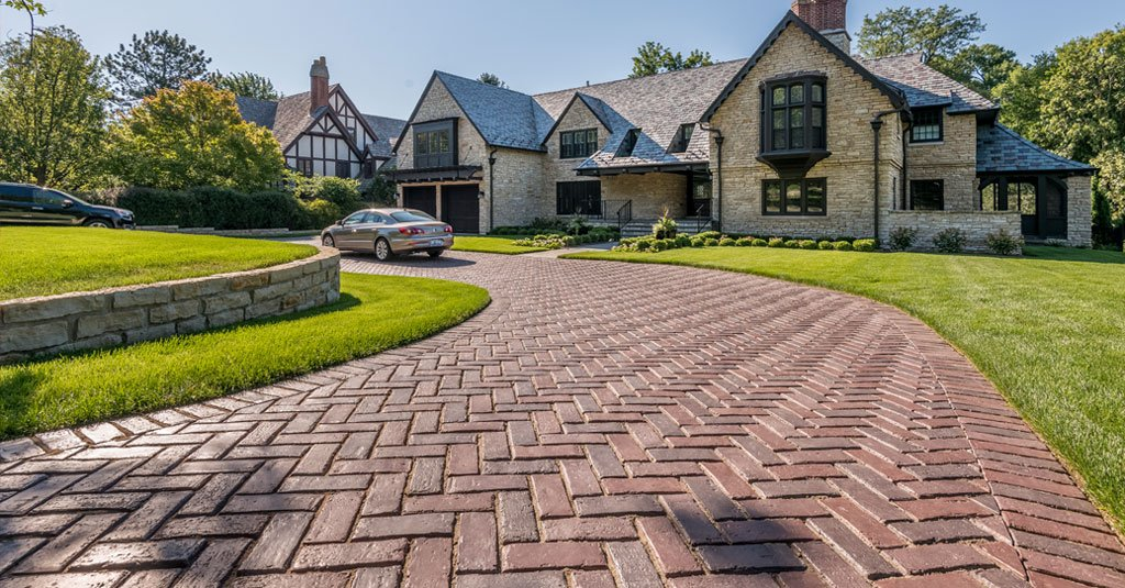 Permeable pavers the green driveway choice for Green pavers