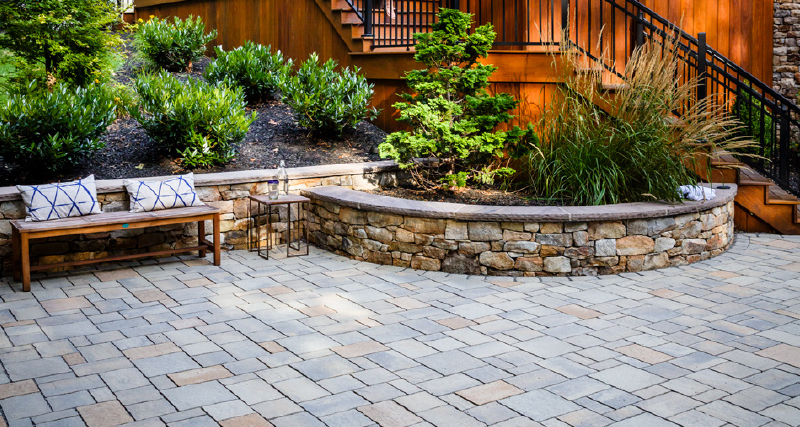 Retaining Walls & Free Standing Walls, Beauty & Function to Your Design