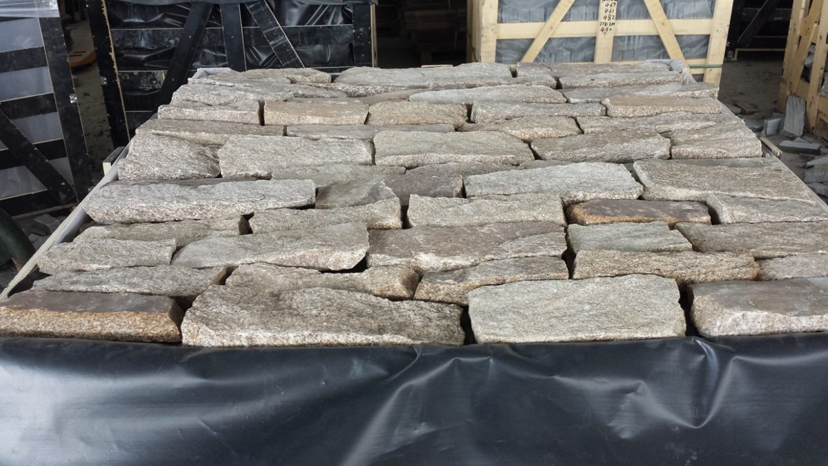 Stone Veneers By Old Station Cape Cod Blend Ledgestone
